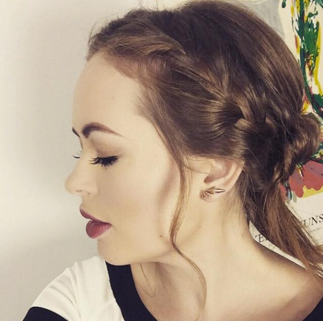 8 Times Tanya Burr Gave Us Major Hair Envy Company
